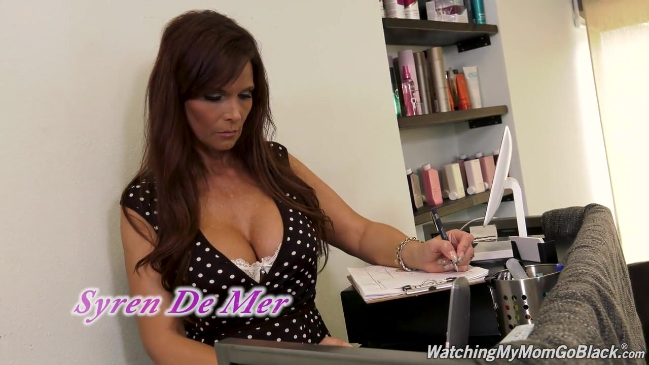 Syren De Mer - Watching My Mom Go Black Second Appearance_