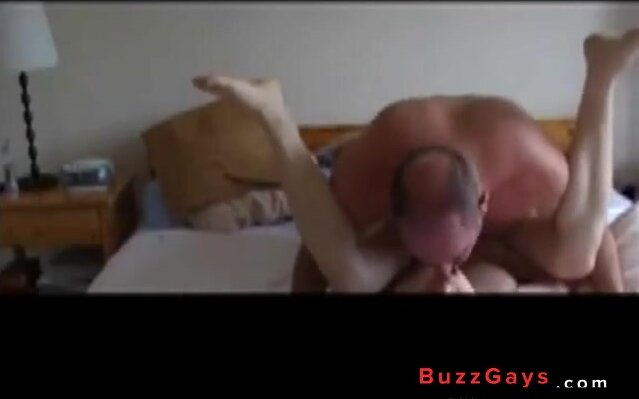 Daddy teaches twink how to fuck 4